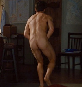 jake gyllenhaal nude love and other drugs