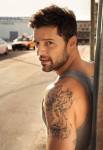 ricky-martin-shirtless-pictures-glooce.com0-1