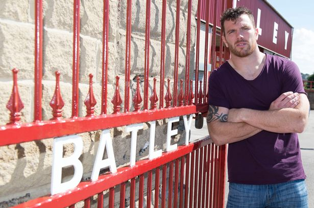 rugby star keegan hirst steps naked out of the closet