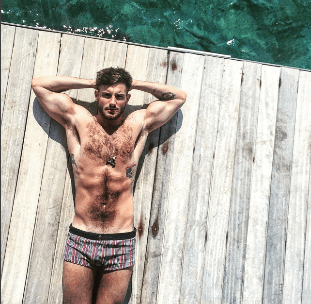 Youngers Nico Tortorella Strips Down in the Shower for