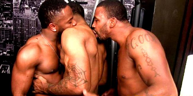 PORNO GAY YUSAF MACK