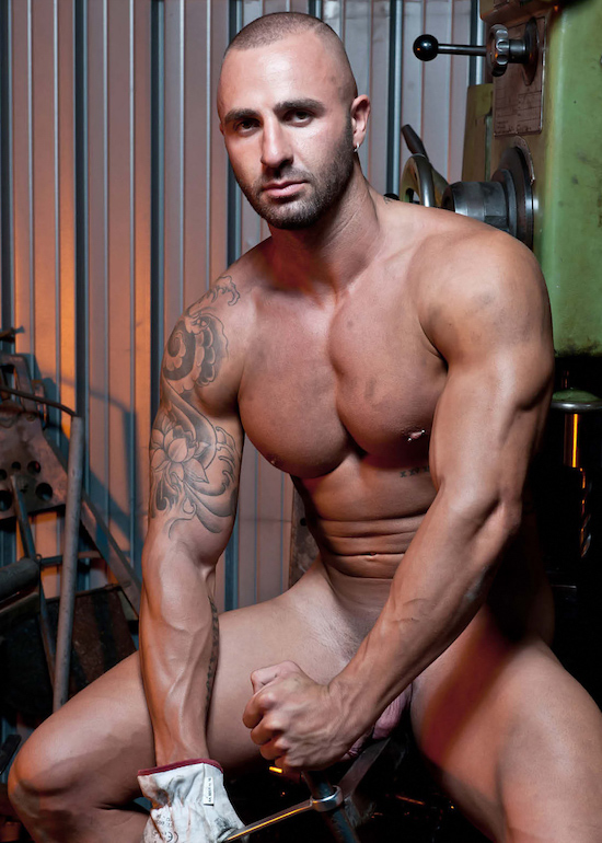 We-All-Want-Some-Servicing-From-Mechanic-Salvatore-Martinez-6